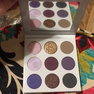 "Kylie ""the purples"" eyeshadow palette"